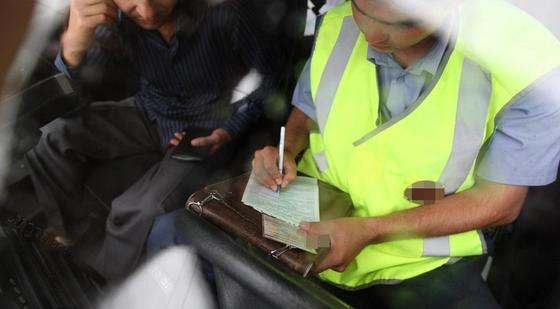 Сотрудники Минэнерго нарушили ПДД в Астане и не платили штрафы
