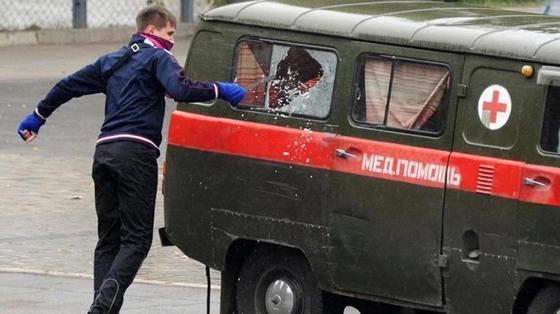 Напавший на врача «Скорой помощи» житель Карагандинской области осужден