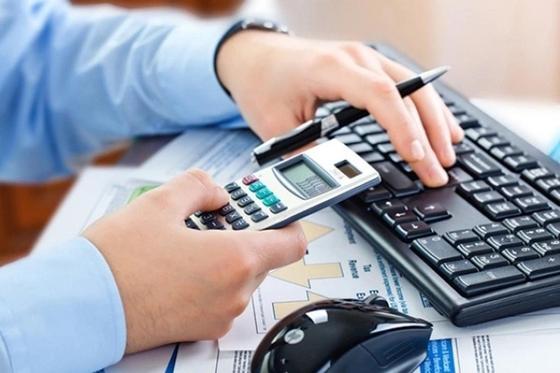 Минфин предлагает за счет налогов для бизнеса избавиться от «нефтяной иглы»