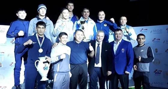 Казахстанцы заняли первое место на турнире по боксу в Европе