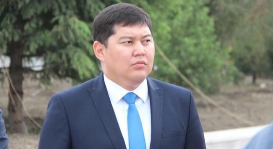 Оскандалившийся экс-аким Усть-Каменогорска Тумабаев подал иск в суд о защите чести