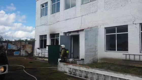 Школа загорелась в Павлодарской области