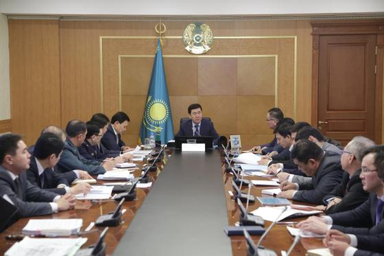 В акимате Карагандинской области обсудили исполнение задач, поставленных президентом РК