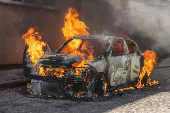 Бизнесмена сожгли в машине: одного из убийц осудили в ЮКО