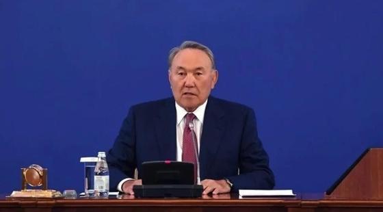 Назарбаев о недовольных в стране: Схватятся за какой-то недостаток и раскручивают