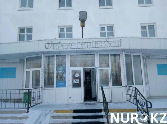Пенсионерка упала в шахту лифта в больнице в Акмолинской области