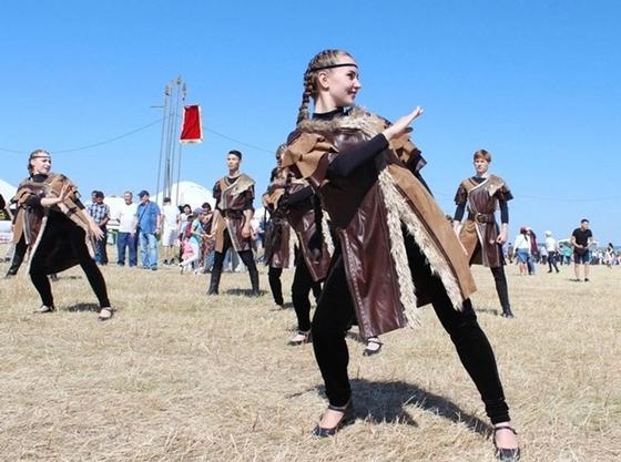 Гостей из шести стран принимает этнофестиваль «Ұлы дала» в Павлодаре