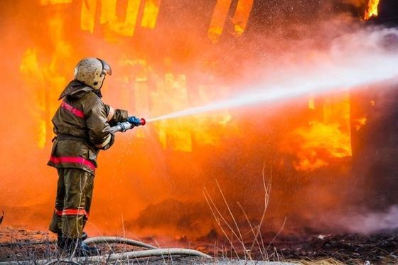 Пожар в школе в Караганде: начались массовые проверки во всех школах