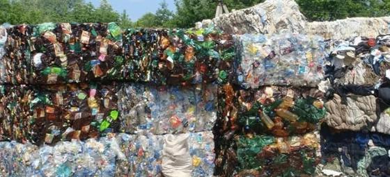 Казахстанская компания заработала два млрд тенге на мусоре