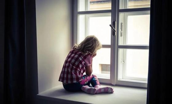 В Москве девочка выжила после падения с 12-го этажа
