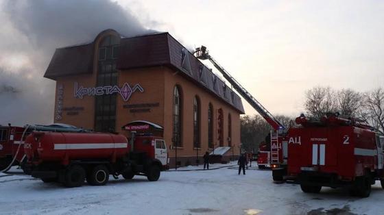 Крупный развлекательный комплекс запылал в Петропавловске