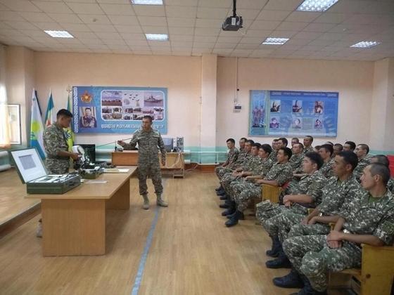 В Вооруженных Силах Казахстана продолжаются воинские сборы с военнообязанными