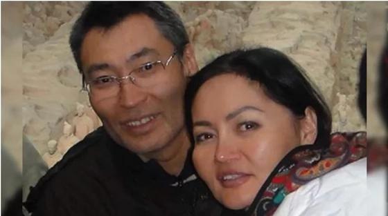 Карлыгаш Жакиянова 2 года не может воссоединиться с семьей из-за неисполнения постановления суда о возврате долга