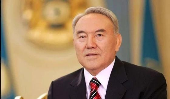 Нұрсұлтан Назарбаевтың кітабы жарияланды. Фото: Ақорданың желі парақшасынан