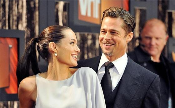 Джоли и Питт договорились о временной опеке над детьми