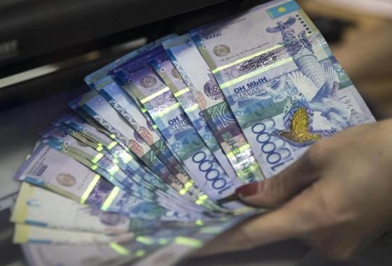 Казахстанцам увеличили доходность с депозитов до 13,5 процентов
