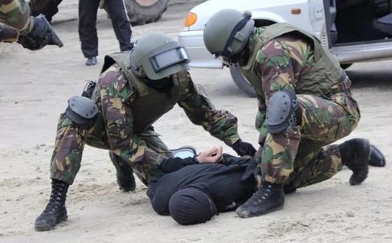 Карагандинцев просят не паниковать: в городе проходят антитеррористические учения