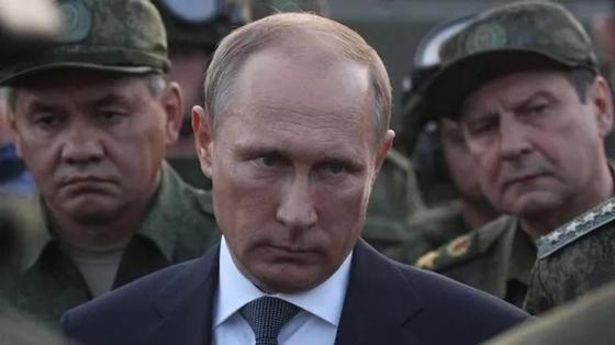 """""""Это будут шаги, которые заметят все"""": Путин рассказал об ответе на гибель Ил-20"""