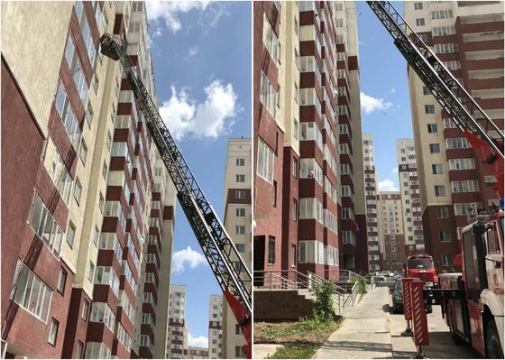 Эвакуировано 80 человек: в высотке Астаны случился пожар