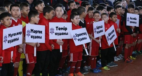 Сапарбаев: Өз ойыншыларымыз болса ғана футбол дамиды