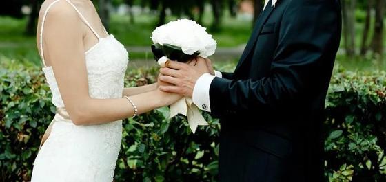 Казахстанки стали чаще выходить замуж за иностранцев