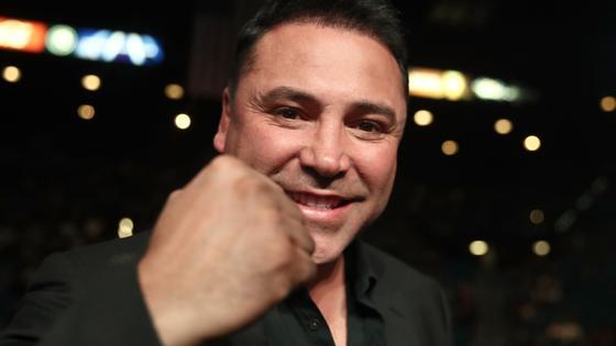 Знаменитый бывший боксер и промоутер Оскар Де Ла Хойя