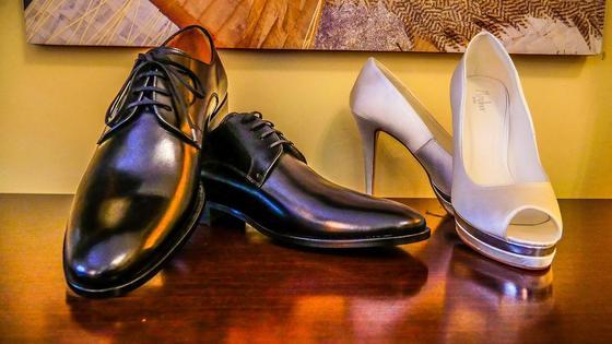 Женские и мужские туфли