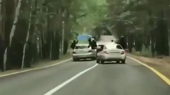 Водители устроили опасную езду