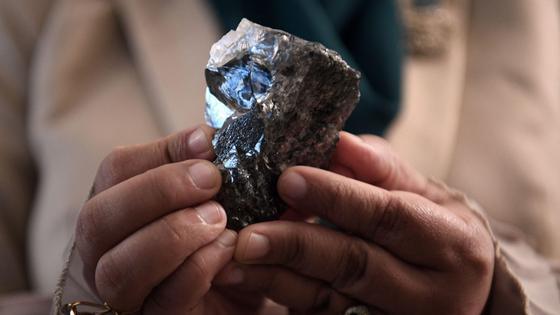 Найденный на руднике Карове алмаз 1174 карата