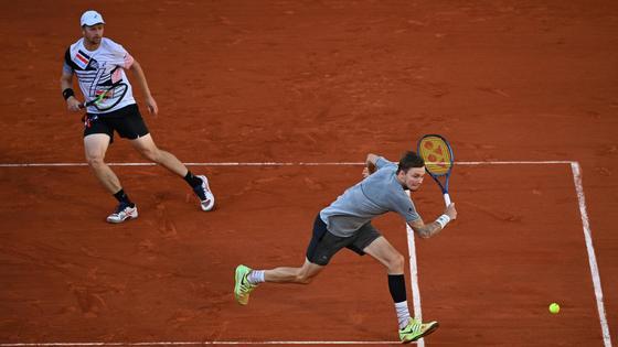Теннисисты Андрей Голубев и Александр Бублик