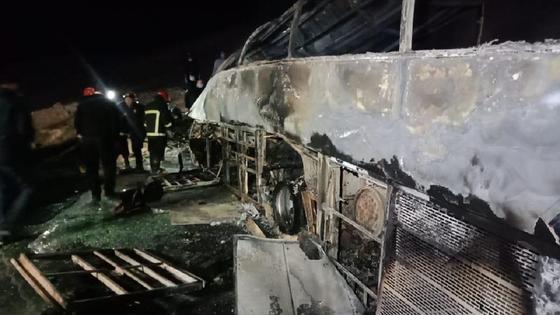 Полностью сгоревший автобус