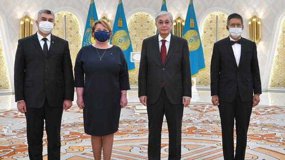 Касым-Жомарт Токаев и послы Туркменистана, Латвии и Таиланда