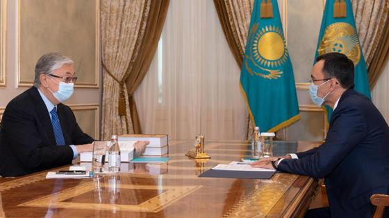 Касым-Жомарт Токаев и Маулен Ашимбаев
