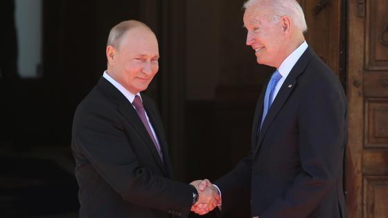 Владимир Путин и Джо Байден