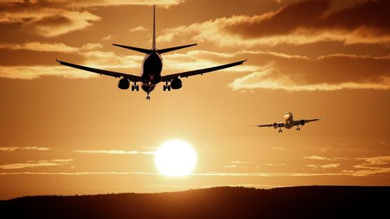 Самолеты на закате