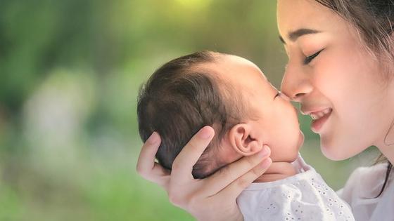 Мама и новорожденная
