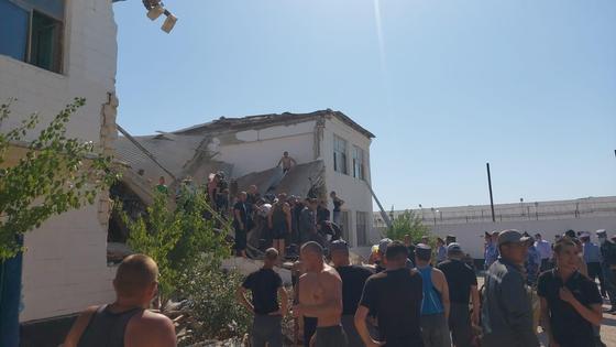 Здание обрушилось