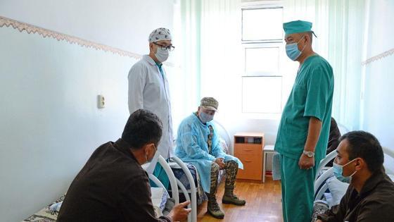 Замглавы МО на встрече с пострадавшими в результате ЧП