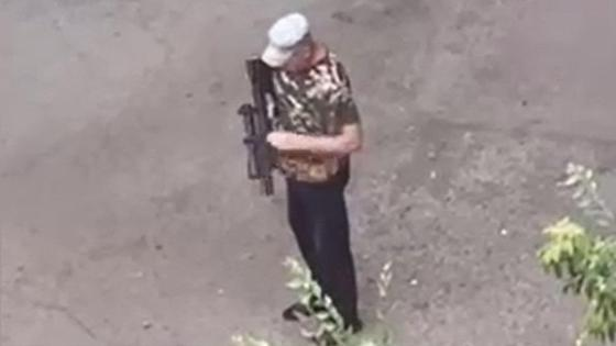 Мужчина устроил стрельбу в Караганде
