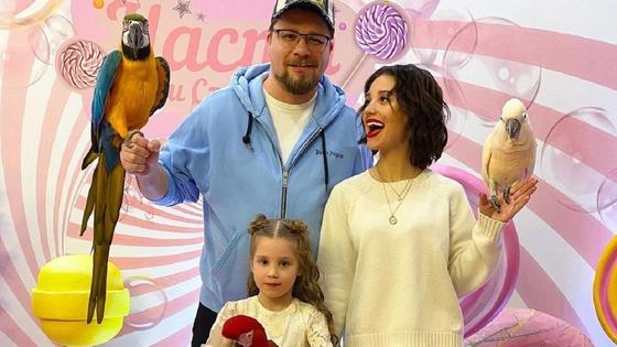 Кристина Асмус и Гарик Харламов с дочерью