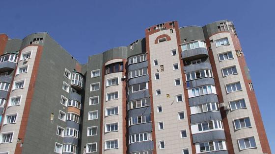 Плитка падает в Усть-Каменогорске