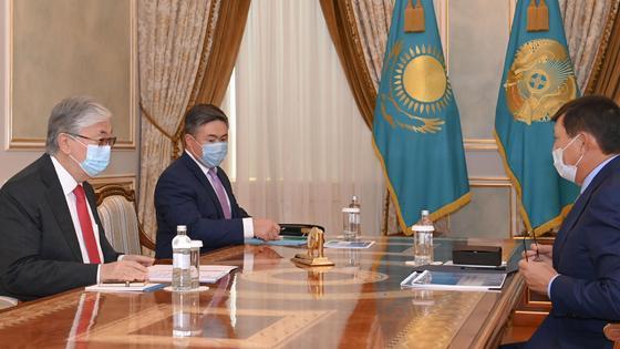 Касым-Жомарт Токаев и Кайрат Шарипбаев