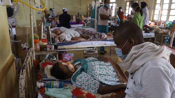 Больные в больнице в Индии