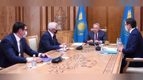 Нурсултан Назарбаев, Алмасадам Саткалиев и Вагит Алекперов