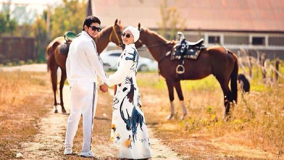 Торегали Тореали с супругой