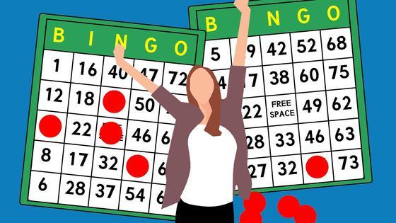лотерейные билеты и силуэт девушки