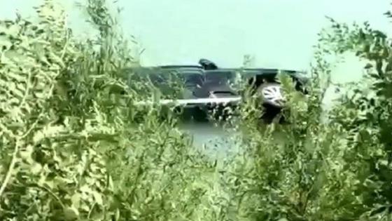 Машина в реке в Талдыкоргане