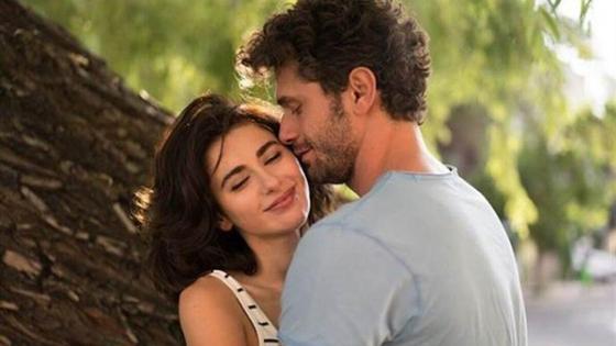 Кадр из фильма «Любовь любит случайности 2»