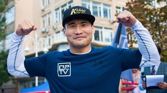 Казахстанский боксер Канат Ислам