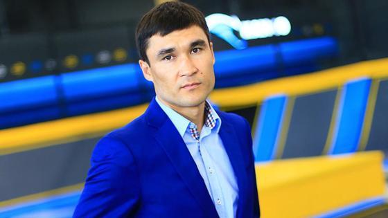 Знаменитый казахстанский боксер Серик Сапиев